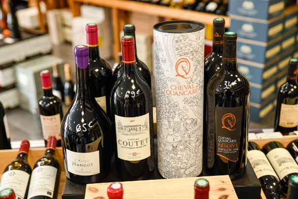 la-vinotheque-presentation-bouteille