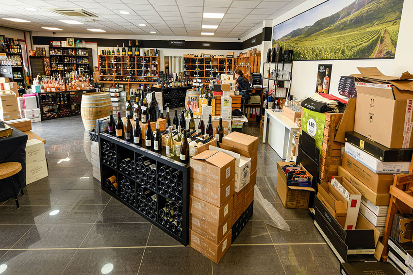 la-vinotheque-la-cave-bouteilles-champagnes