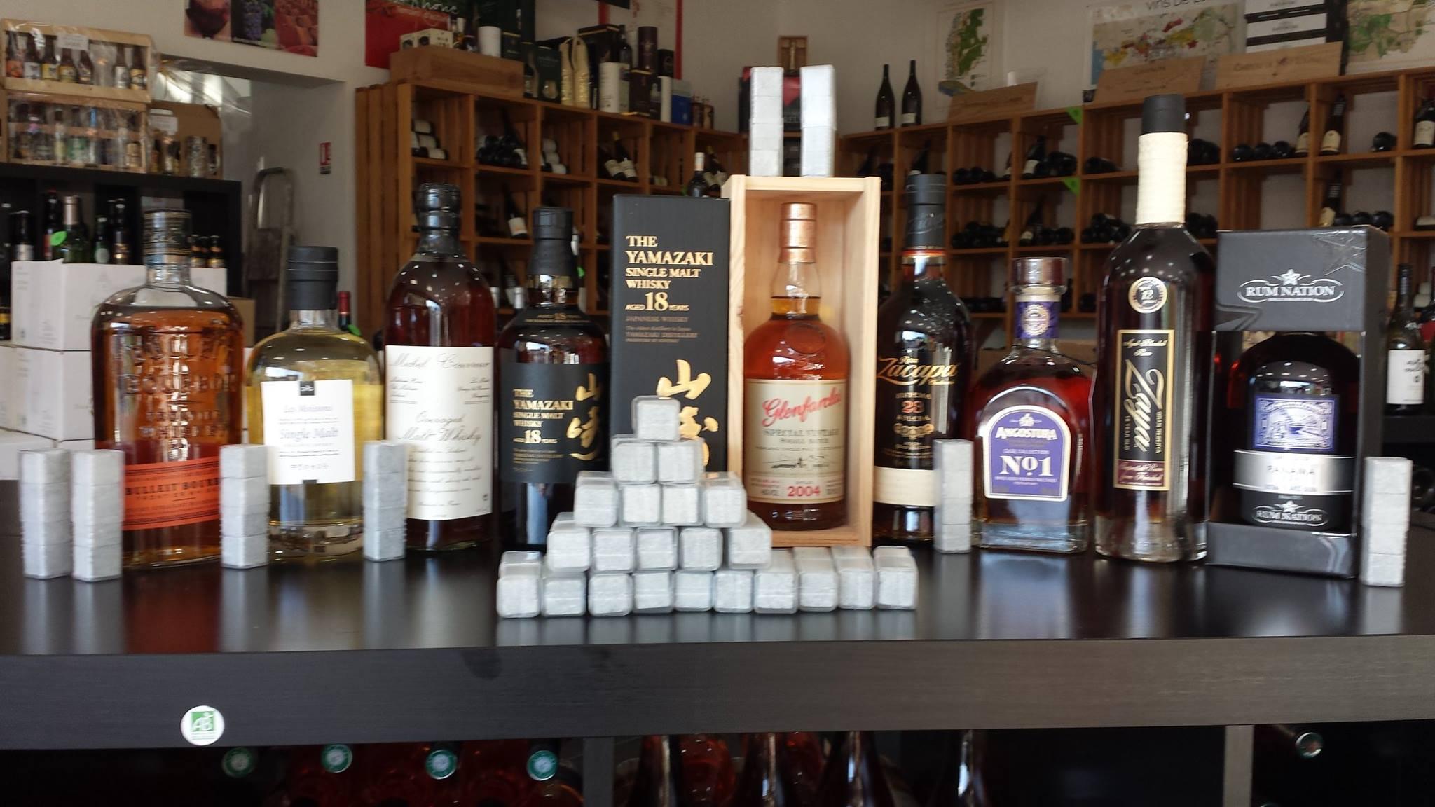 Un set de pierres à whisky offert...